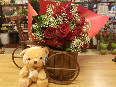 ramo rosas enviar en Granada por San Valentín