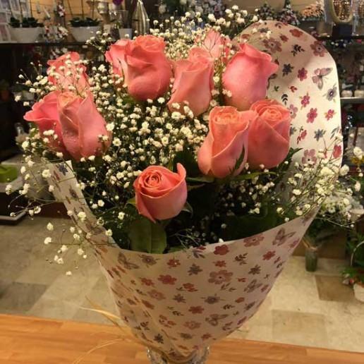 envio de rosas de color rosa en Granada