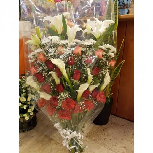 Ramo de flores para difunto envio en Granada