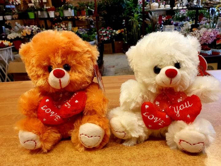 complemento oso peluche para envíos de flores en Granada