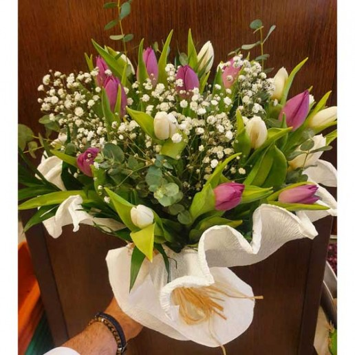 envio a domicilio de ramo de tulipanes en Granada